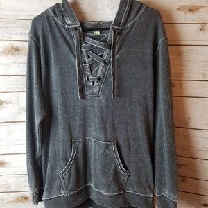 GreenTea pull over hoodie size medium